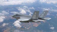 美国F35B垂直/短距起降战机